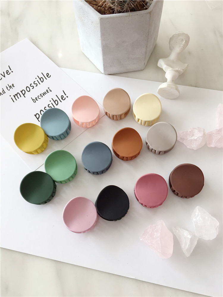 New Fashion Matte Texture Mini Geometry Round Bangs Clip Catch Clip Hair Clip Girl Child Woman Hair Accessories Headwear