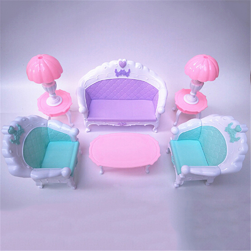 Cute DollHouse Sofa Table Lamp Miniature Plastic Furniture Toys Furniture Set Dolls Baby Room For Kids Play Toy Furniture Puzzle