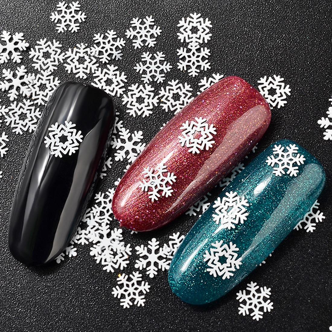 конечно дизайн ногтей фото снежинки на ногтях людей там