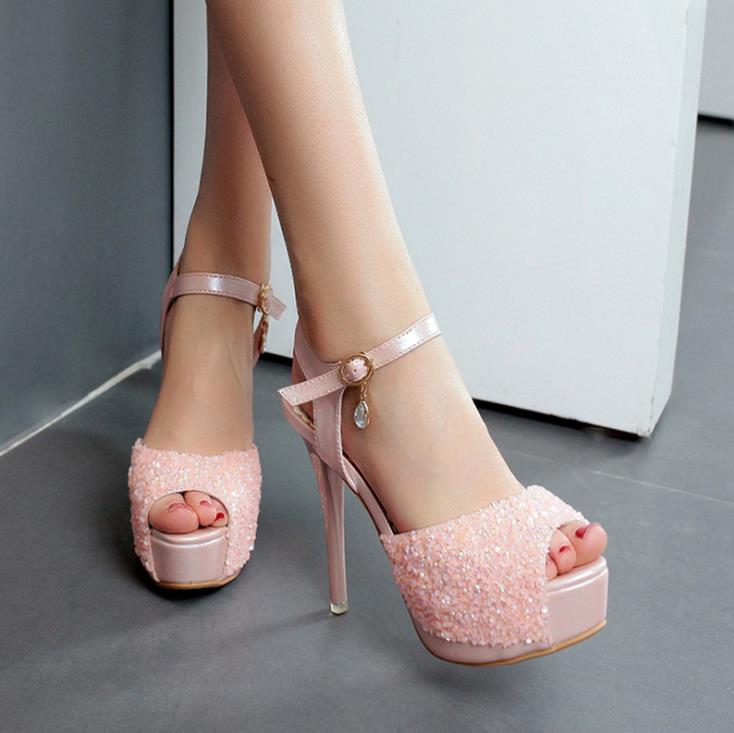 Sandalias de tacón alto sexis con punta abierta para club nocturno 2018 verano nuevos zapatos de mujer estilo europeo y americano