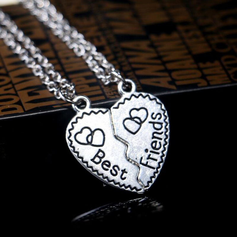 2016 Trendy Charm Jewelry Two Pieces Alloy Broken Heart Shaped Pendent  Necklaces & Pendants Carved Best Friends For Women/Men
