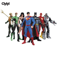 7pcs/lot Justice League of America Hero Display Toy Super Man Bat Man Woder Woman The Flash Green Lantern Collection Model Jouet justice league of america volume 1 world s most dangerous tp