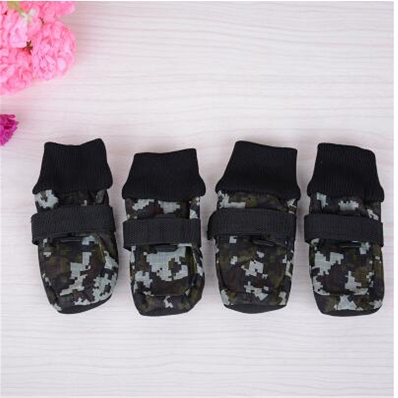 Dog Shoes Waterproof Strip Silicone Rain Booties Thicken Non Slip Shoes Outdoor Transporter Paw Dog Booties Pet Shop QQM825