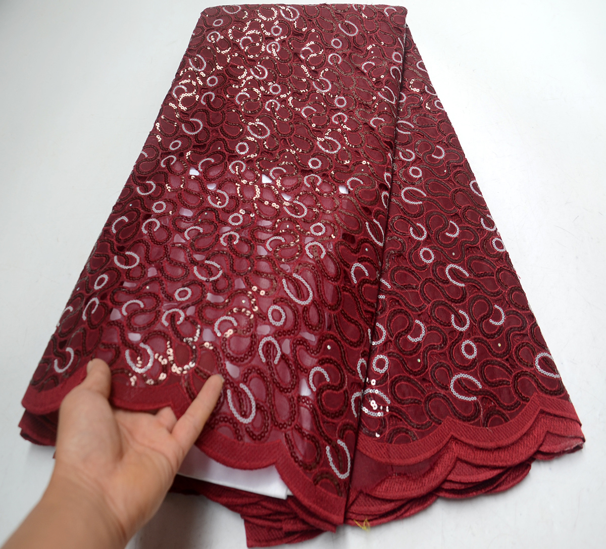 African Lace Fabric 2019 Wine High Quality Organza Lace Fabric Sequins Fabric Embroidery Nigerian Wedding Lace Fabric For 5yardAfrican Lace Fabric 2019 Wine High Quality Organza Lace Fabric Sequins Fabric Embroidery Nigerian Wedding Lace Fabric For 5yard