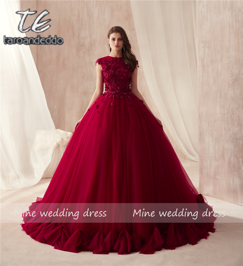 2018 O-neck Ball Gowns Burgundy Wedding Dress with Color 3D Flowers Applique with Rhinestones Crystals Bridal Gowns Reals