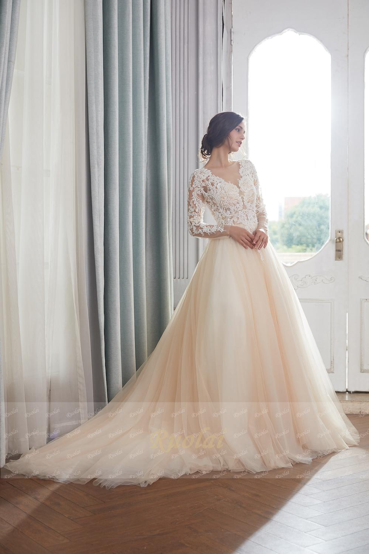 b582df94c6 Champagne Wedding Dresses 2019 Dubai Long Sleeves Arabic Pearls Beaded Ball  Gown Wedding Gown Dress Elegant Robe de Mariee RW15