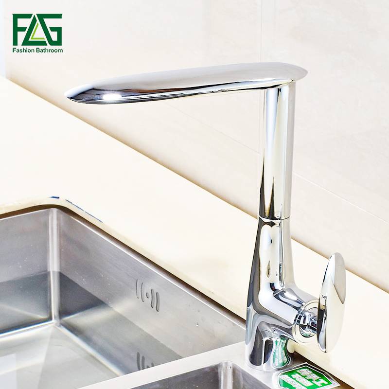 FLG Brass Kitchen faucet Mixer Cold and Hot Kitchen Tap Chrome Single Hole Water Tap Kitchen Sink 674-33C