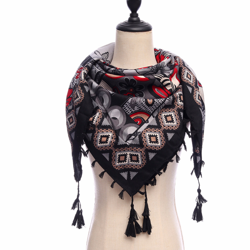 2019 new brand women   scarves   square cotton soft warm spring winter   wraps   lady pashmina bandana Tassels big size 110*110cm