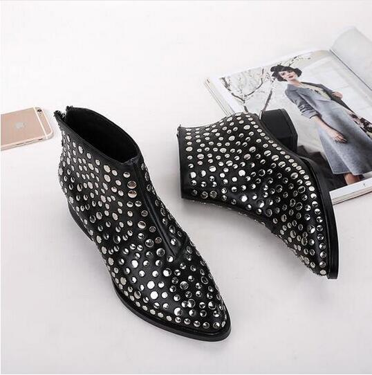 2017 Women Ankle Booties European Design Strange Low Heel Studded Boots Genuine Leather Shoes Pointed Toe Fashion Vintage Boots аксессуар защитное стекло sony xperia m4 aqua solomon