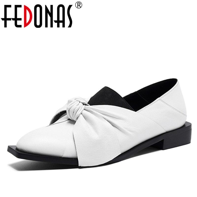 Ayakk.'ten Kadın Pompaları'de FEDONAS Yeni Klasik Ayakkabı Kadın Pompaları Hakiki Deri Kare Topuk Siyah Beyaz Yeni Sonbahar Ayakkabı Papyon Düğüm Pompaları parti ayakkabıları'da  Grup 1