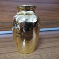 IJUA1 Never Fade Gold Color Stainless Steel Mini Keepsake Urn for Loved One Sharing Ashes Always in My Heart Cremation Urns