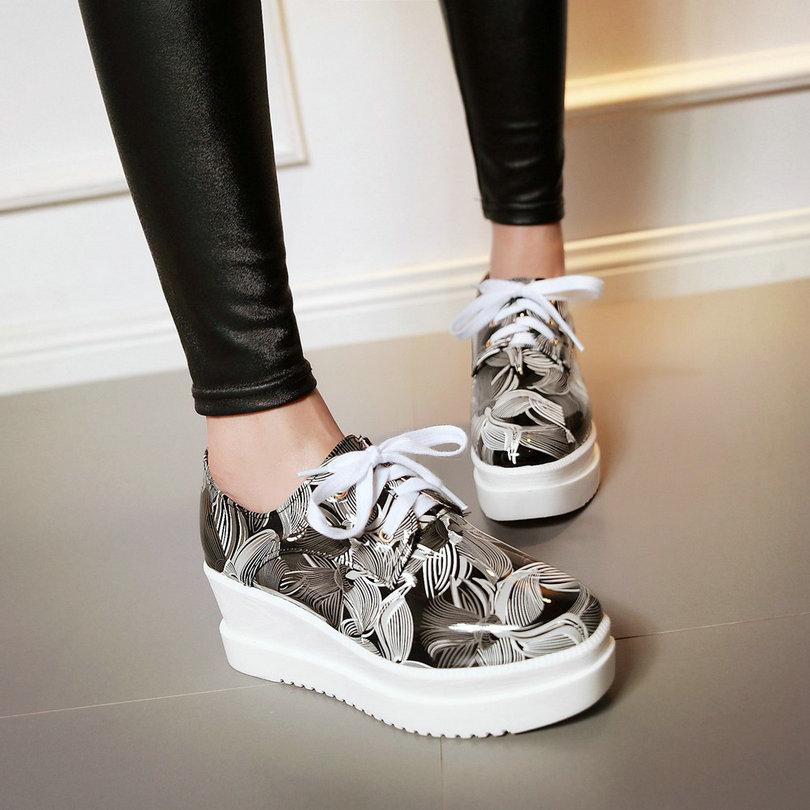 ФОТО Punk Ladies Spring Shoe Lace Up Wedge High Heel PU Printing Leather Platform Woman Pumps Ladies Casual Shoe Size 34-39