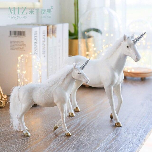 Miz 1 Unidades Unicorn Figura De Resina Elegante Accesorio de Escritorio de Interior para la Decoración Del Hogar Diseño Original Unicornio Estatua