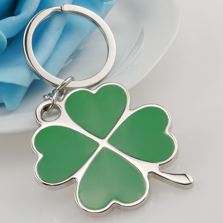 Stainless High Quality Green Leaf Keychain Fashion Creative Beautiful Four Leaf Clover Steel Lucky Key Chain Jewelry Keyring jujube wood tube lucky stainless steel keychain black