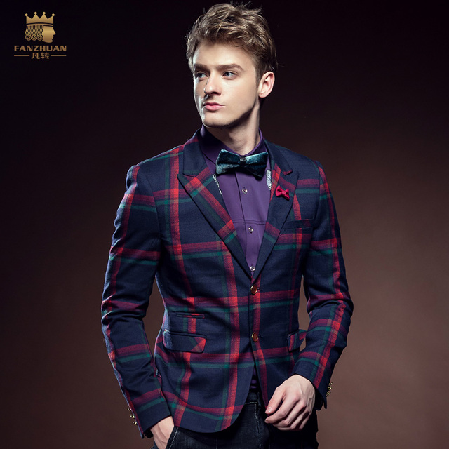 Бесплатная Доставка Новая мода мужчина мужская с длинными рукавами тонкий случайный пиджак Шерстяные пальто Небольшой деловой костюм куртка 610126 продвижение