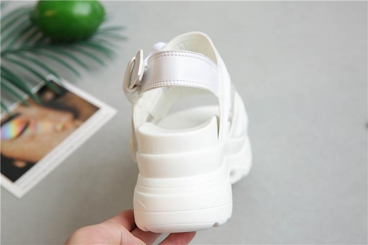 HTB1QwBGKCzqK1RjSZPcq6zTepXa2 Summer Women Sandals Buckle Design Black White Platform Sandals Comfortable Women Thick Sole Beach Shoes 393w