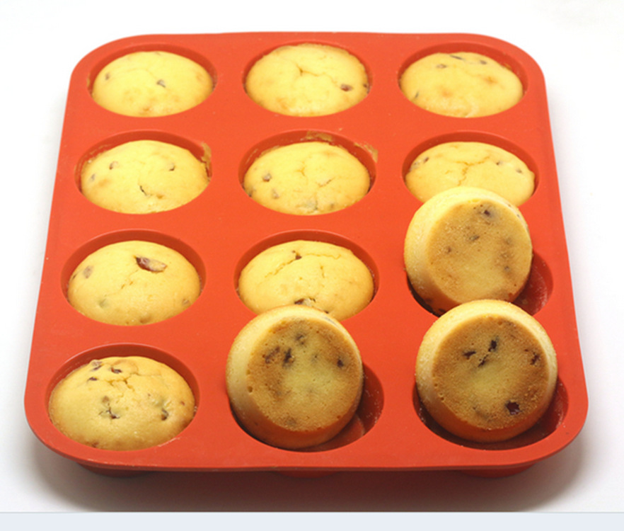 12 Cups Silicone Muffin Cupcake Baking Pan Non Stick Dishwasher Microwave Safe