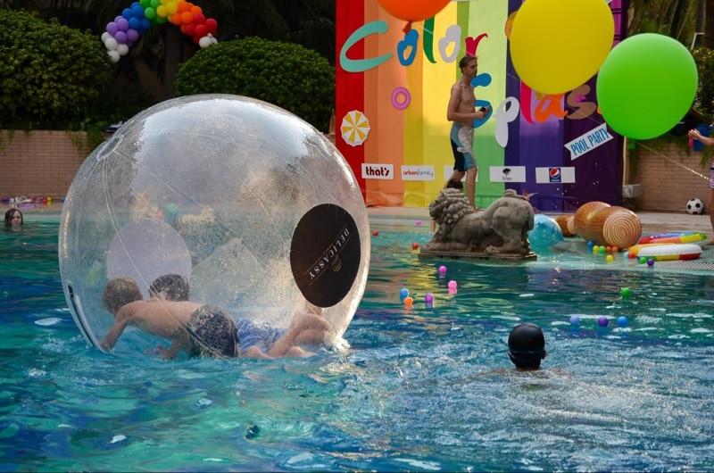 Free shipping Walking ball PVC inflatable ball water walk ball diameter of 2M