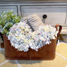 Artificial snow single branch hydrangea flower head wedding bouquet decoration or DIY Production backdrop with flowers