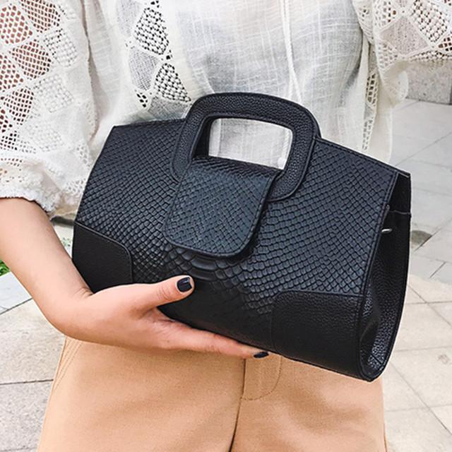 Women's envelope clutch bag