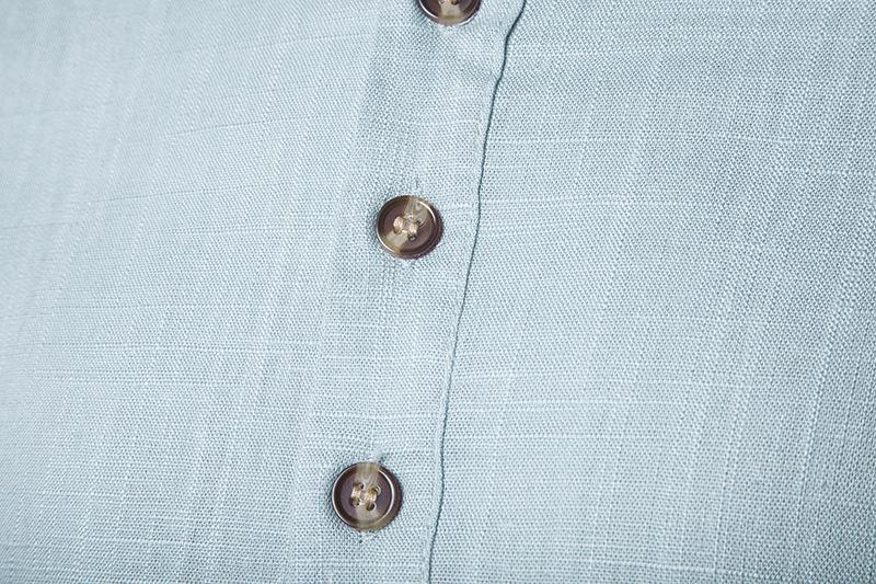 Tunique col Mao bleue clair, manches longues, boutons