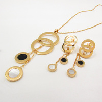 Dubai Gold Jewelry Set Gold Plated Short Necklace African Women Retro Clothing Jewelry Accessories