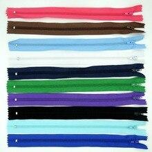 100 шт. Смешать Цвет Нейлон Катушки Молнии Tailor Швейные Инструменты Аксессуары Для Одежды 10 Дюймов