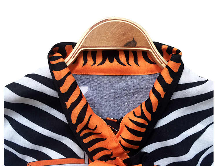 Qyfcioufu высокое качество 2 018 взлетно-посадочной полосы комплект из 2 частей Для женщин лук полосой печати Топы корректирующие и Блузки для малышек с длинным рукавом + офисные Короткие юбка-карандаш
