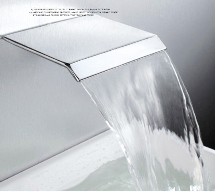Luxury 304 stainless steel Waterfall Shower Head Big Rainfall Shower Head Wall Mounted Waterfall Water outlet