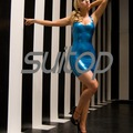 Suitop Látex de borracha mini vestido em azul Metálico Exótico