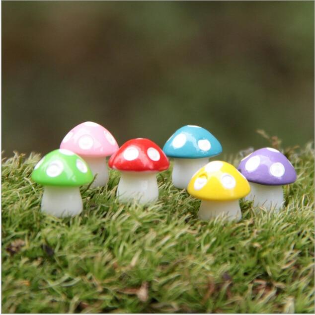 Gnome Garden: 6 Colors Mini Mushroom Fairy Garden Miniatures Gnome Moss