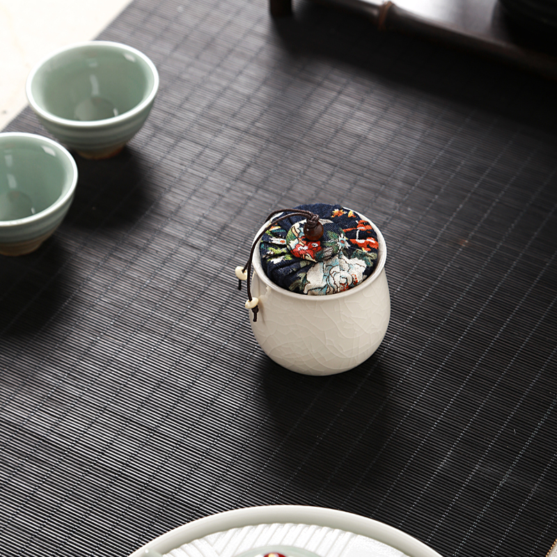 Jia gui luo tea box Chinese ceramic dried fruit coffee beans sealed cans collection food storage tank in Tea Caddies from Home Garden