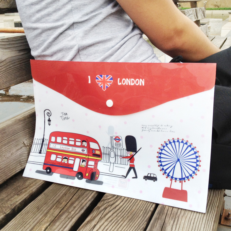 MQStyle 1PCs New British London Soldiers Bus Cartoon PVC Invoice Folder Pencil A4 Document File Bag E0056