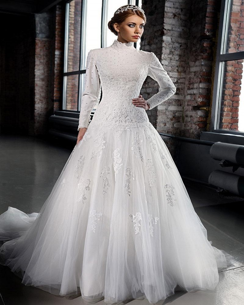 Wedding Gown Dresses: Ivory Beaded Lace Appliques Arabic Modest Long Sleeves