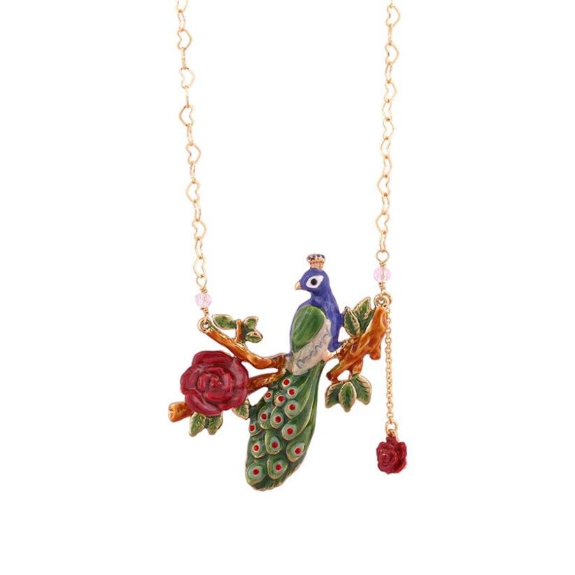 Raisin juteux nouveau mode bijoux doré paon bijoux femme émail glaçure fleur en forme de coeur pendentif collier chaîne de clavicule