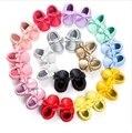 Hecho a mano Arco Diseño de Moda Mocasín Bebé Inferior Suave Zapatos de Bebé Recién Nacido 20-colores pu Prewalkers Botas