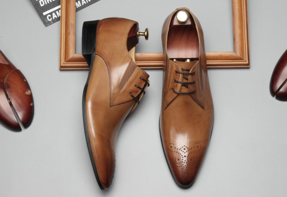 Lace up Men Genuine Leather Fashion Dress Oxfords Shoes 2018 Carved Male Party Tuxedo Suits Formal Italy Shoes Flats Sapatos genuine leather oxfords shoes men flats casual new lace up shoes men oxford fashion dress shoes work shoe sapatos big size 47 48