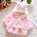 2016 de Los Niños Faux Fur Coats Invierno Bowknot Princess Baby Girl Chaquetas De Moda Infantil de la Marca Térmica Ropa de Abrigo Tapas Calientes
