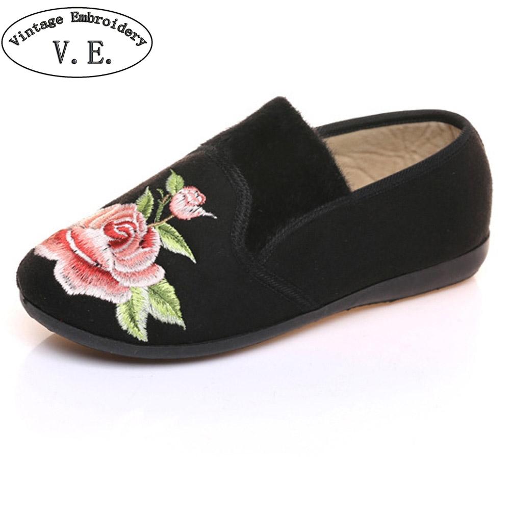 Women Flats Shoes Cotton Velvet Warm Winter Floral Embroidered Cloth Slip On Ballets Soft Black Red Shoes Woman Sapato Feminino fashion womens shoes warm winter cotton shoes tennis feminino casual girl shoes comfortable ladies flats long plush women flats