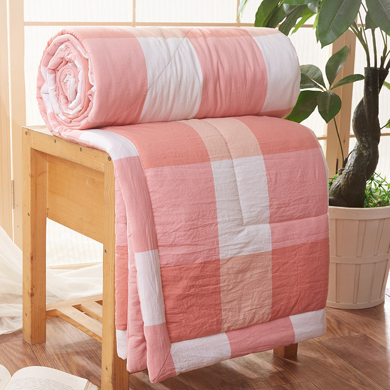 New Arrival Fashion Home Textile Summer Quilt Blankets Grid Summer Comforter Bed Cover Quilting Suitable For Adults Kids