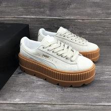 c1d084b8c01 Original Sapato Puma Rihanna Fenty Cleated Trepadeira das Mulheres Sapatos  Badminton Profissional de Calçados Esportivos de