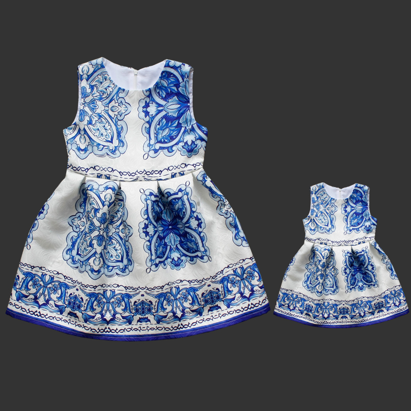 Family fitted women Skirt Sleeveless dress mother daughter family matching clothes girls dresses Slim Blue and white Vest skirt