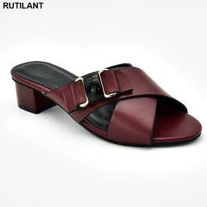 Image 4 - חדש הגעה איטלקי נשים חתונת משאבות מעוטר ריינסטון להחליק על נעלי לנשים ניגרי נעלי יוקרה סנדלי נשים
