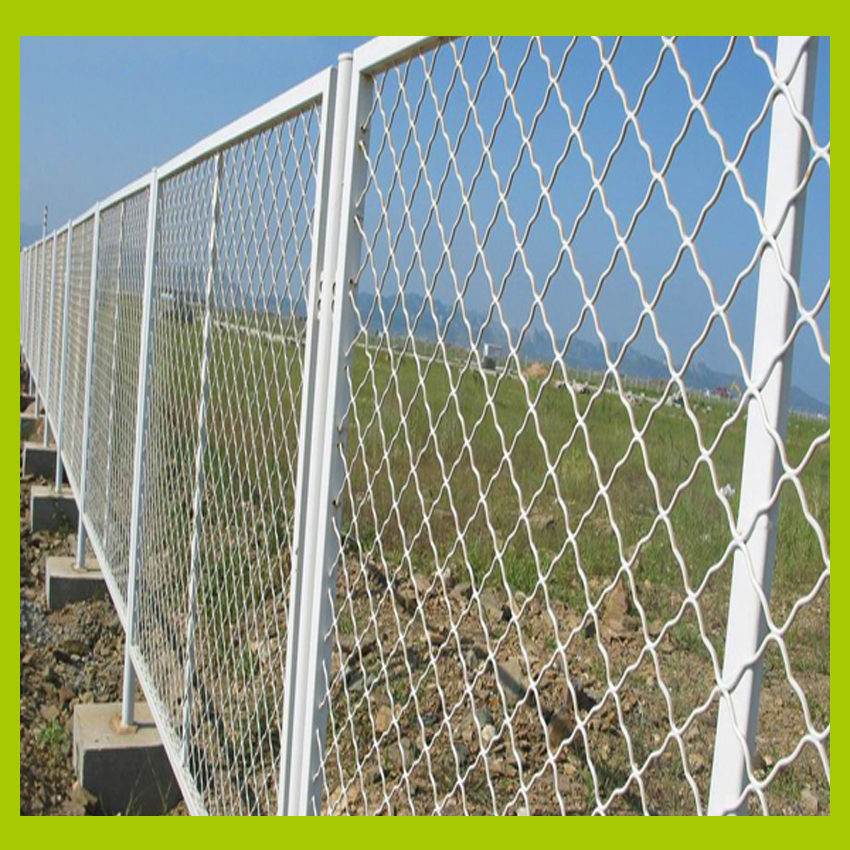 Villa Wall Enclosure Mesh Fence With Concrete Base, With Bending On ...