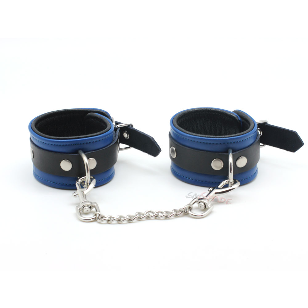 Smspade blue leather restraints wrist cuffs for adult sex, soft and durable adjustable bondage handcuffs with metal chain adjustable elastic wrist support protector black blue