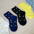 2015 Nuevas Mujeres de La Moda Kawaii Animal Calcetines Largos mujeres Coreanas Lindo Pato Amarillo de Dibujos Animados Calcetines Divertidos Algodón Puro Novedad calcetín