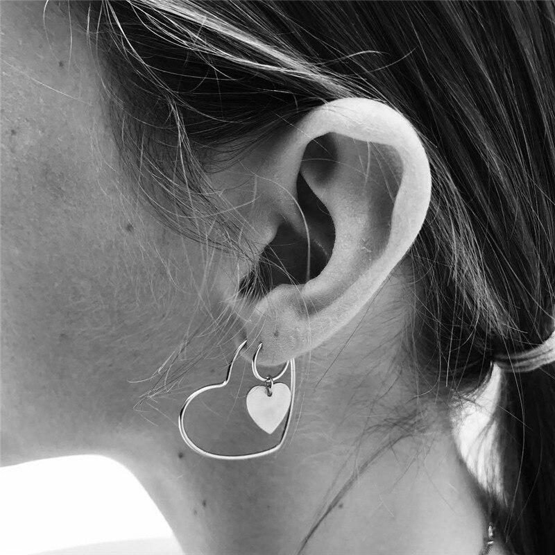 1 Paar Europäische Persönlichkeit Höhlte Herz Hoop Ohrring Set Frauen Mode Kleine Liebe Herz Ohrring Einfache Ohr Schmuck E710 Duftendes Aroma