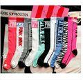 20 Colores de Moda Diseñador de la Marca Sobre La Rodilla Calcetines Nueva VS Love Pink Mujer Calcetines Lovely Girls Princesa Calcetines Largos Puscard