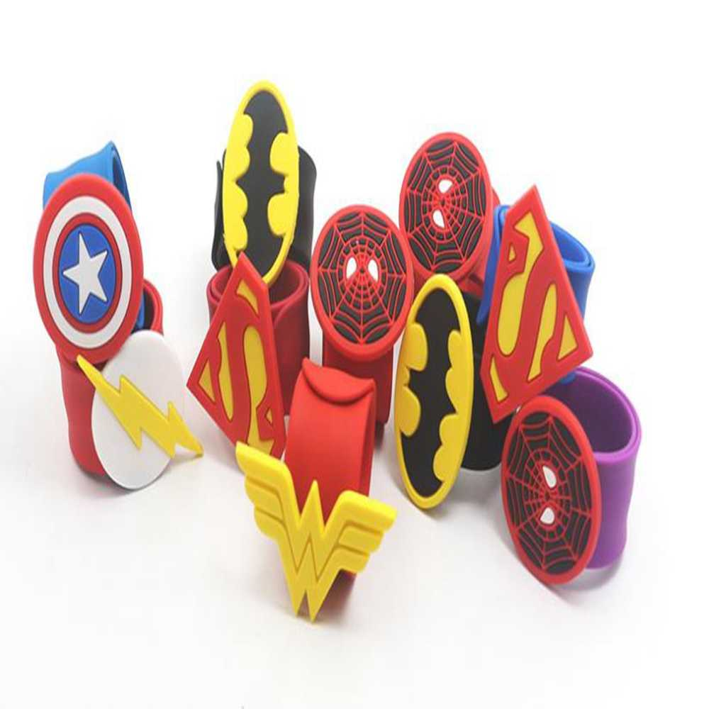 1 Pcs Superhero Gelang Silikon Superman Spiderman Batman Wonder Woman Hand Catenary Crimping Gaya Pakai Mainan Anak