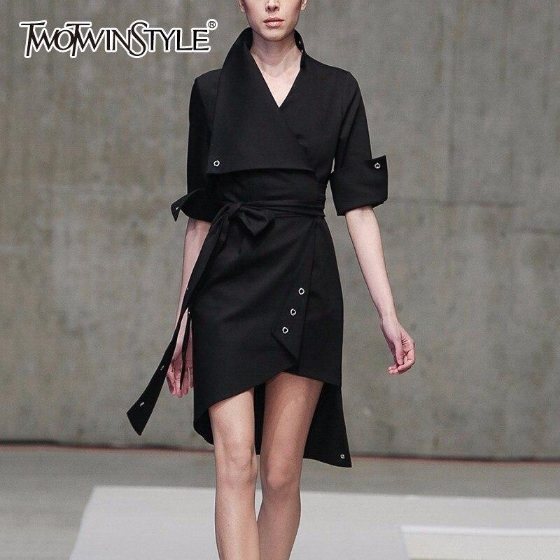 TWOTWINSTYLE Asymétrique Robe Femmes Grand Revers Col Écharpes Taille Haute Noir Mini Robes 2018 Automne Mode OL Vêtements